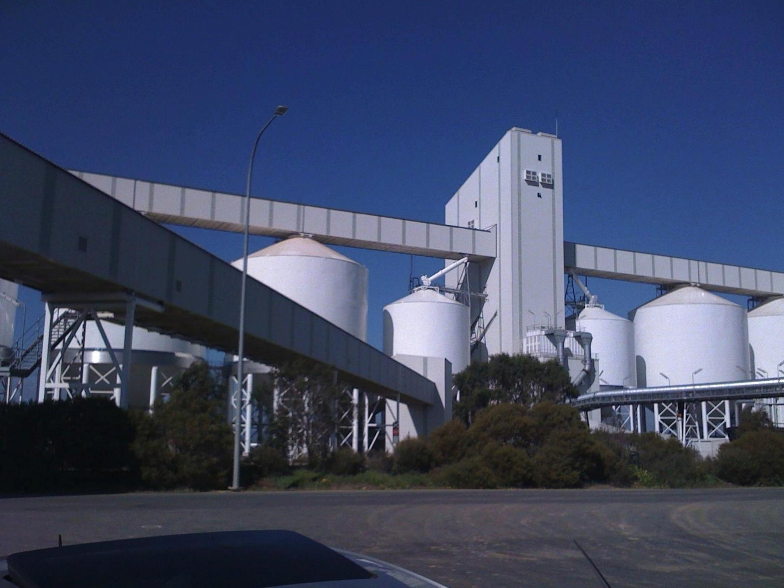 Outer Harbour Grain Storage Terminal and New Wharf